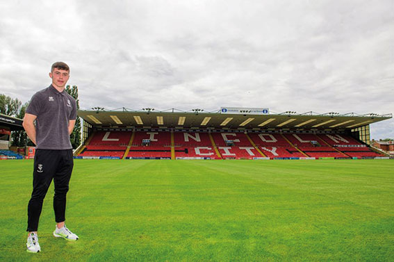 Former Swords Celtic player signs professional contract