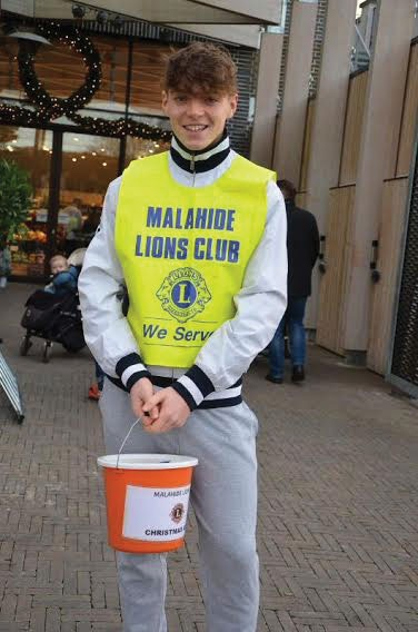 Mal Lions pic 2 WEB OPTIMISED
